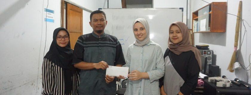Charity Activity oleh Himpunan Mahasiswa Prodi Bahasa Inggris (HIMABI)