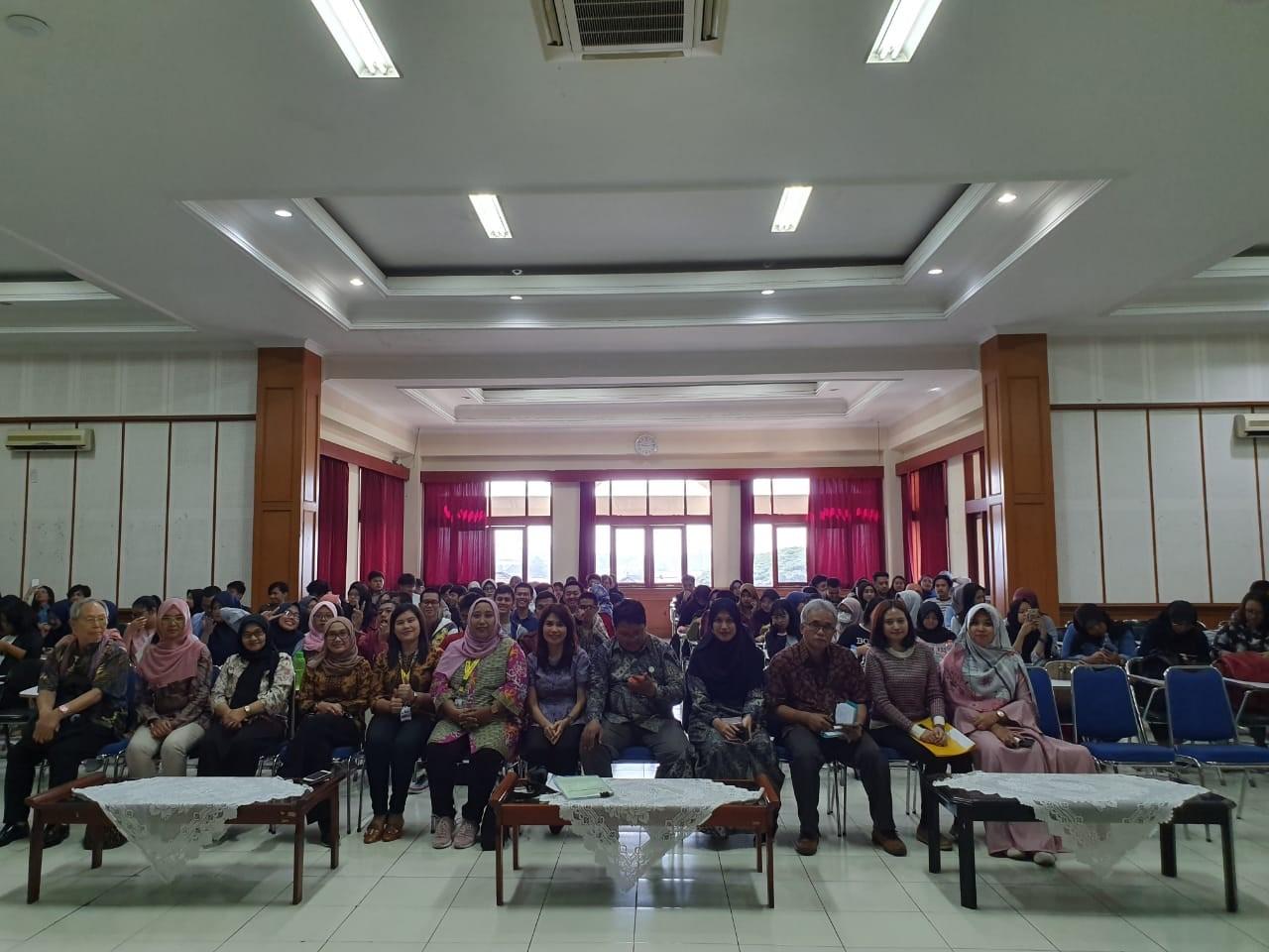 Kuliah Umum Fakultas Bahasa 2